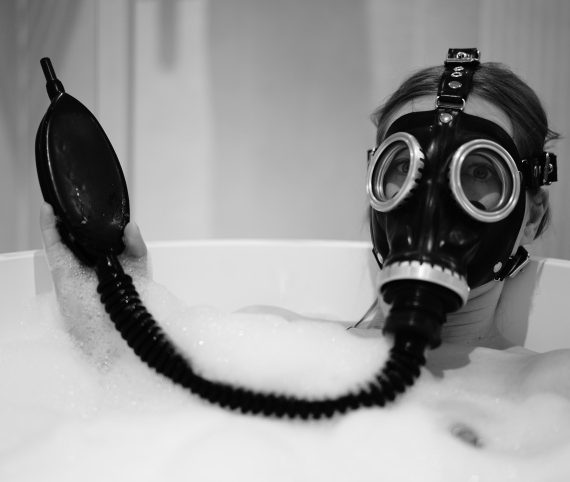 Gasmask – an erotic obsession #NSFW #KOTW